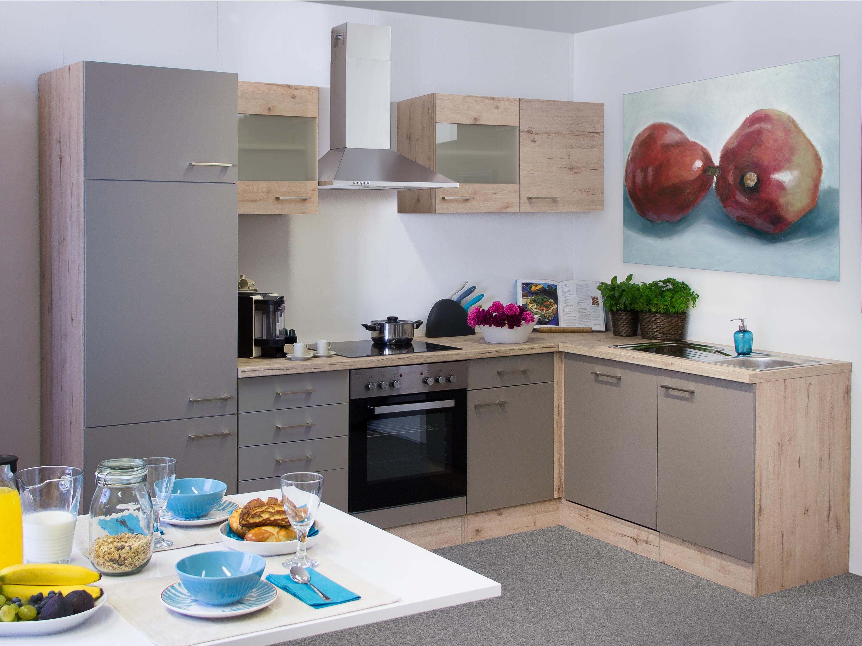 Eckkuche mit elektrogeraten kreative ideen fur design for Eckküche mit elektroger ten