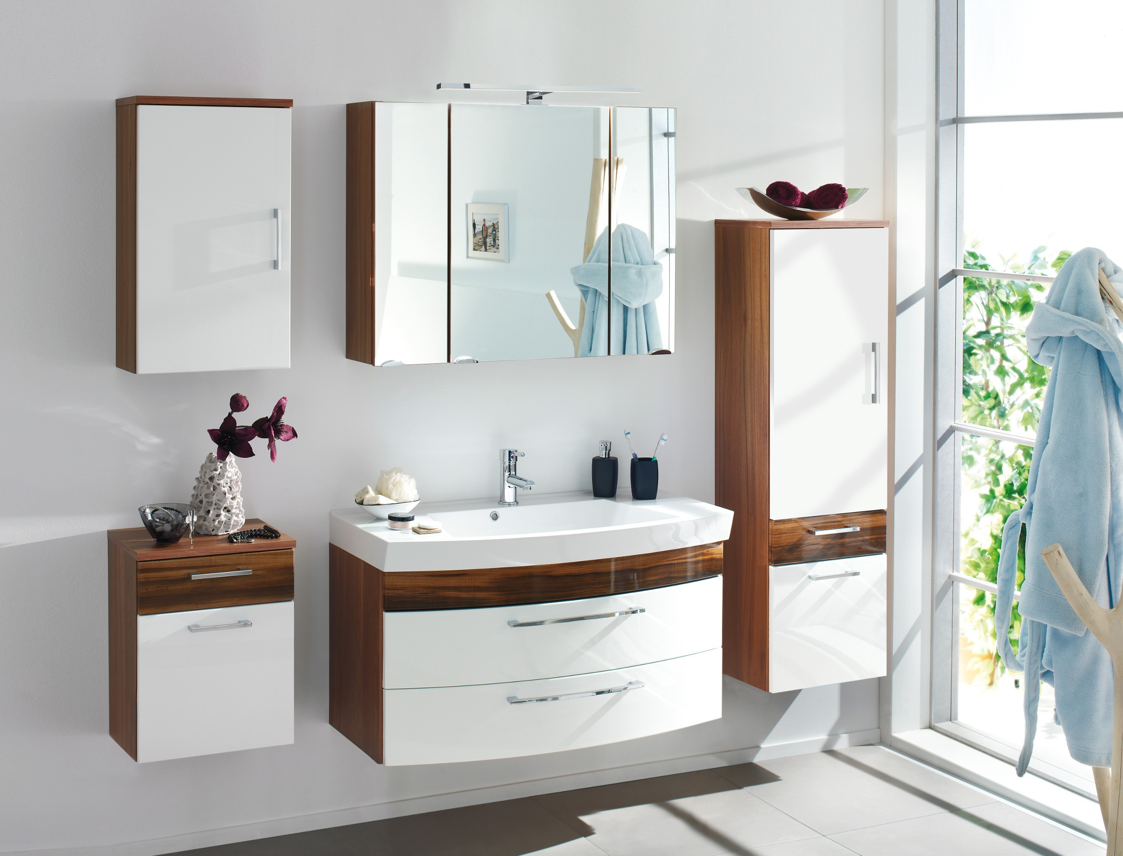 badm bel set rima i mit waschtisch 7 teilig 180 cm breit wei walnuss bad badm belsets. Black Bedroom Furniture Sets. Home Design Ideas