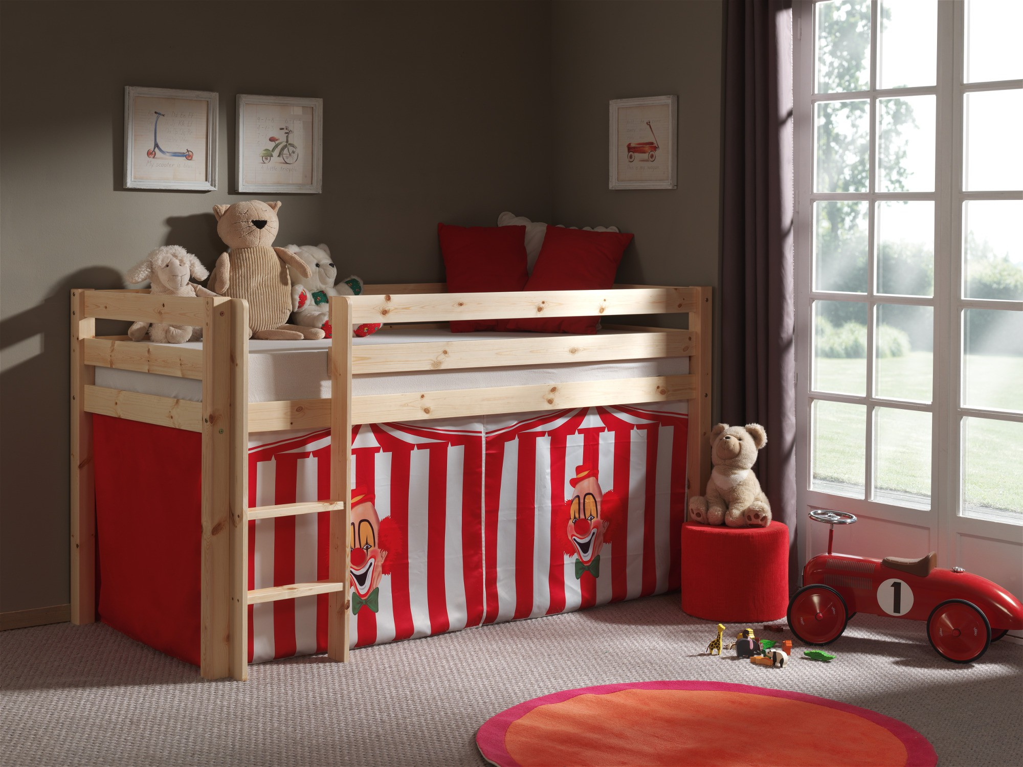 spielbett pino zirkus liegefl che 90 x 200 cm kiefer massiv kinder jugendzimmer pino. Black Bedroom Furniture Sets. Home Design Ideas