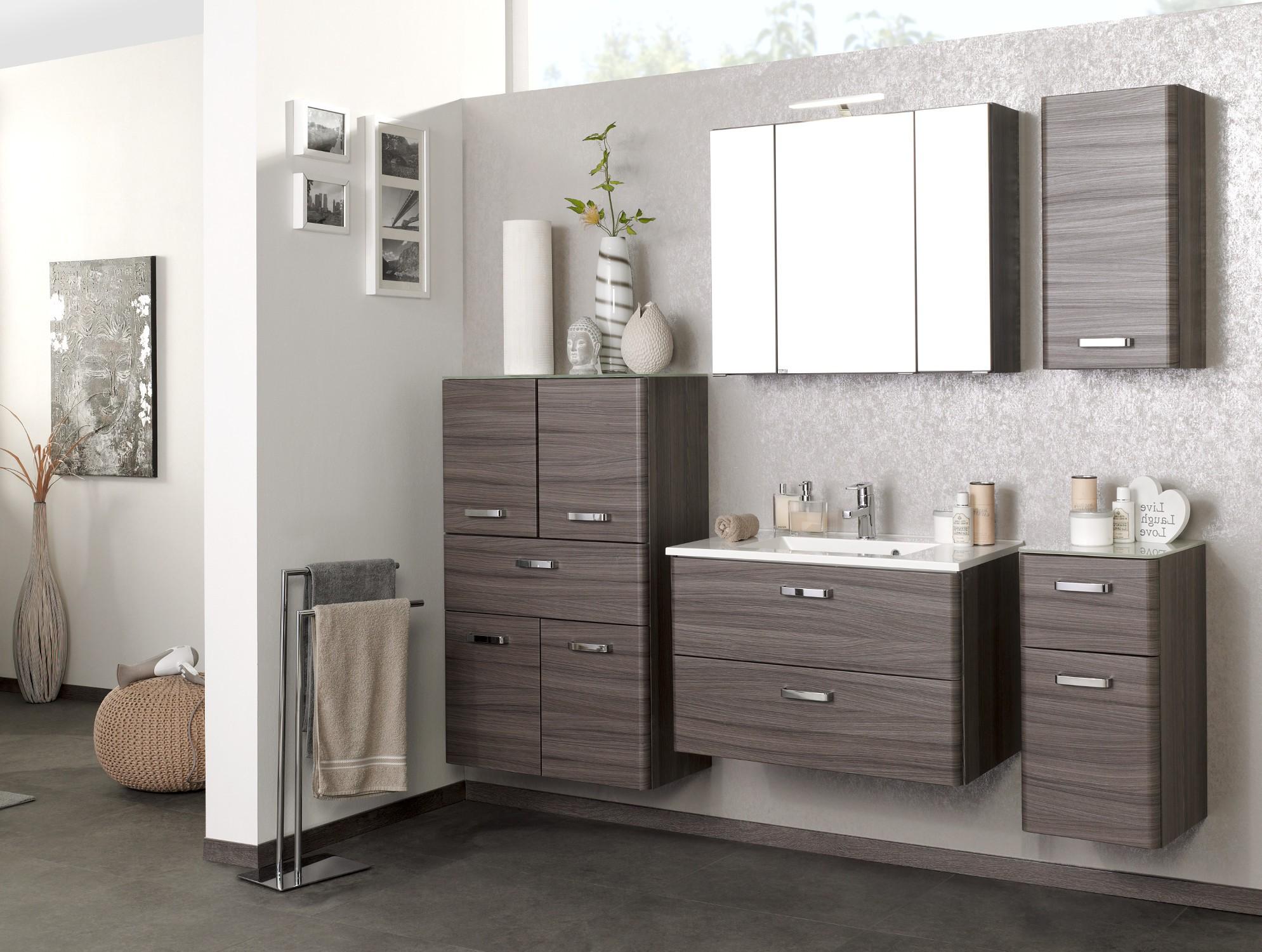 badm bel set phoenix mit waschtisch 7 teilig 185 cm breit eiche dunkel mit. Black Bedroom Furniture Sets. Home Design Ideas