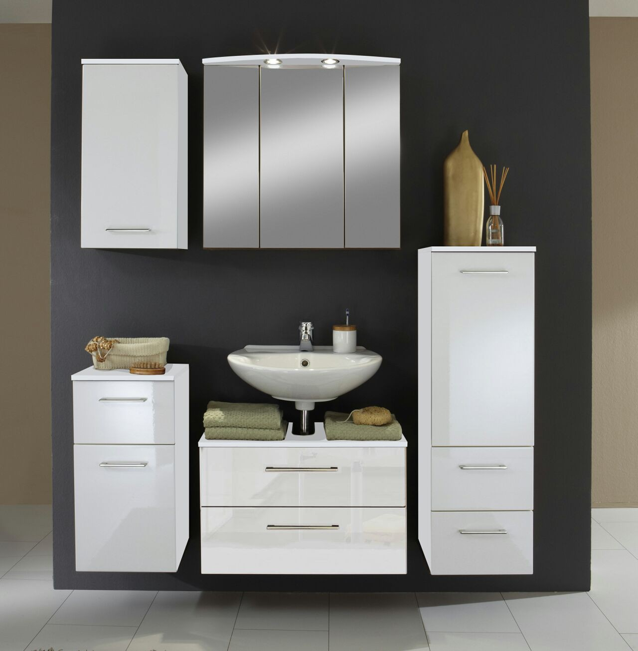 badm bel set next 5 teilig 140 cm breit hochglanz wei bad badm belsets. Black Bedroom Furniture Sets. Home Design Ideas
